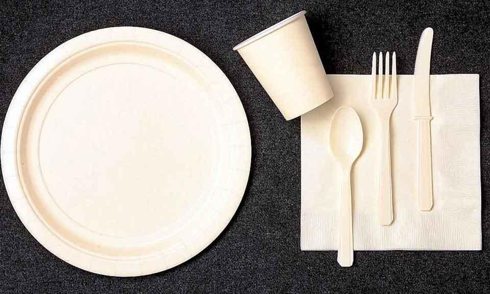 Acatarán restauranteros ley que prohíbe uso de desechables
